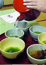 そば湯でたてた抹茶